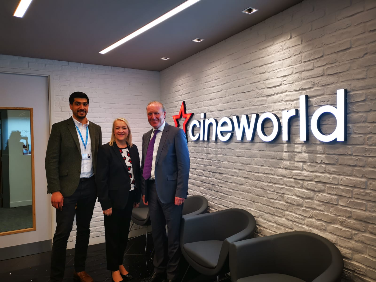 CINEWORLD AWARDS LODGE SECURITY NEW GUARDING CONTRACT